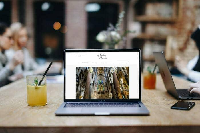 Web | Las Farolas de Barcelona Guía